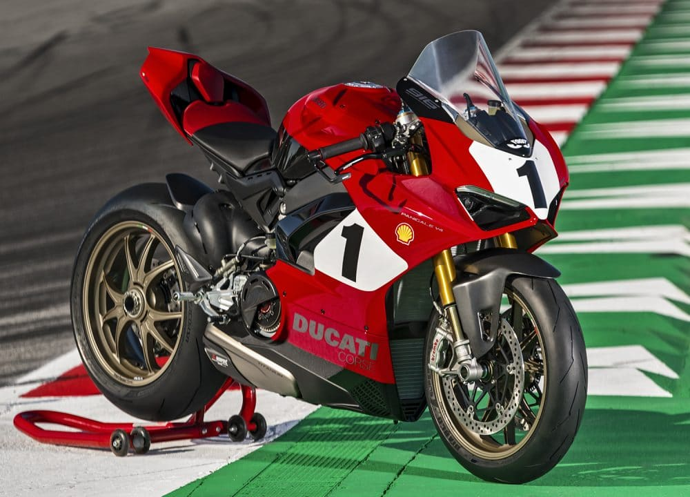 Panigale-V4-916-Anniversario-MY20-07-Gallery-1920x1080