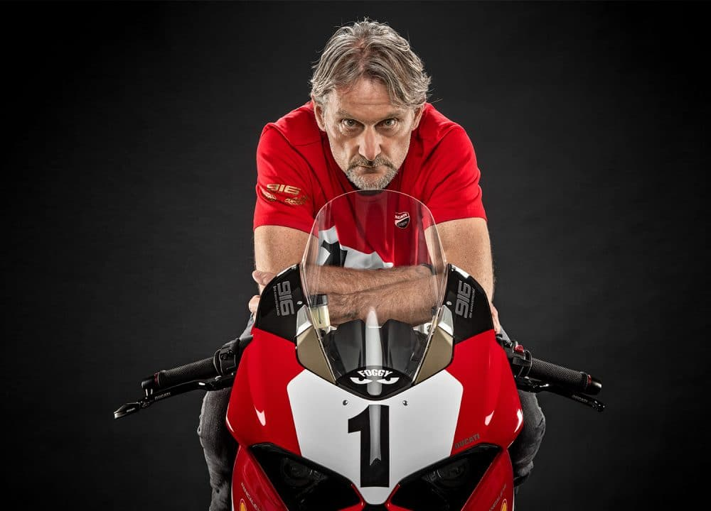 Panigale-V4-916-Anniversario-MY20-Fogarty-01-Gallery-1920x1080